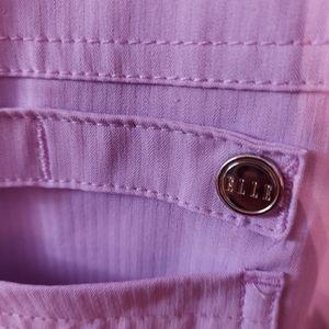 Beautiful scrub pants with plenty of pockets